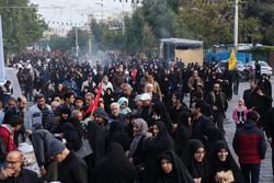 اربعین اوج دلدادگی عاشقان/ استان سمنان ردای سیاه بر تن کرد