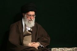 قائد الثورة الاسلامية يعزي بوفاة والدة العميد موسوي