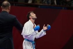 بهمن عسگری به مبارزه پایانی راه یافت/رزیتا علیپور روی نوار پیروزی