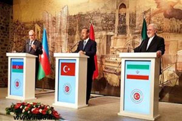 ظريف: الإرادة المشتركة لإيران وتركيا وأذربيجان تتمثل في تعزيز السلام والأمن في المنطقة