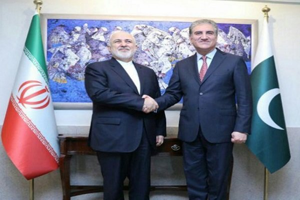 Zarif discusses abduction case with Pakistan FM, army chief