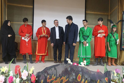 اجرای مراسم تعزیه توسط کودکان کار و خیابانی در قم