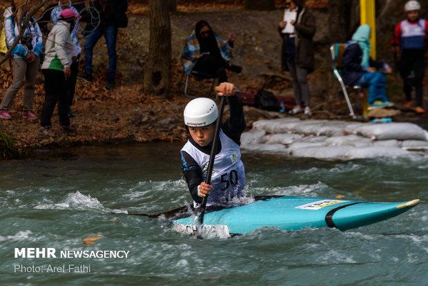 مسابقات قایقرانی اسلالوم آبهای خروشان جوانان آسیا