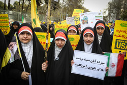 ۱۳ آبان تجلی وحدت ملت ایران در برابر استکبار است