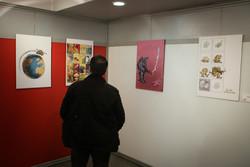 نمایشگاه «۴۰پوستر ۴۰ کاریکاتور» در اردبیل گشایش یافت