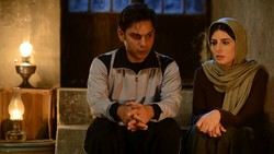 "Peyman Maadi (L) and Leila Hatami act is a scene from ""Bomb, a Love Story""."