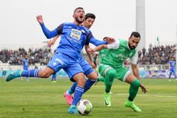 وزارت ورزش از استقلال غافل است/ لغو دیدار با پدیده به سود شفر شد
