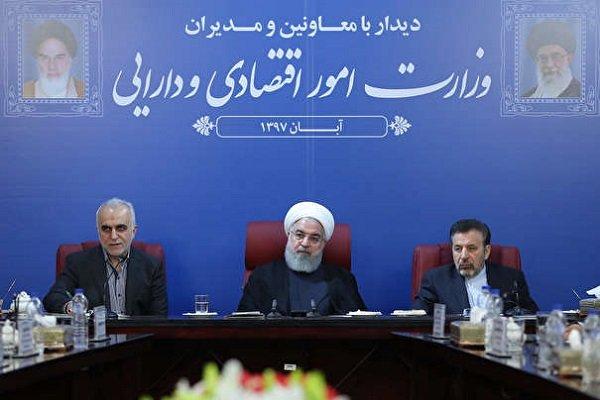 روحاني: ايران ستلتف على العقوباب مرفوعة الرأس