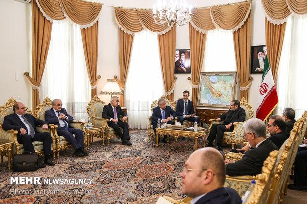 Shamkhani meets with Putin's special envoy to Syria