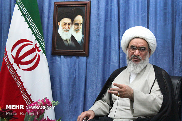 بانک اطلاعاتی تولیدات و آثار انقلابی در استان بوشهر ایجاد شود