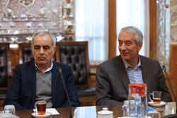 دو دستگی در هیات رئیسه فدراسیون فوتبال/ تاج و کفاشیان در گروه موافق