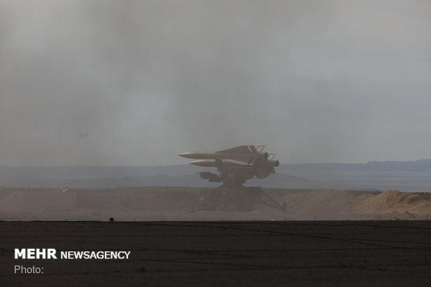 """القضاء على اهداف جوية بواسطة صاروخ """"شلمجه"""""""