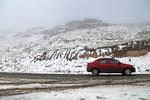 بارش برف گردنههای استان قزوین را سفیدپوش کرد