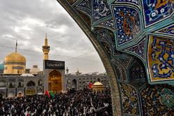 حرم رضوی میں پیغمبر اسلام (ص) کی رحلت کی مناسبت سے عزاداری