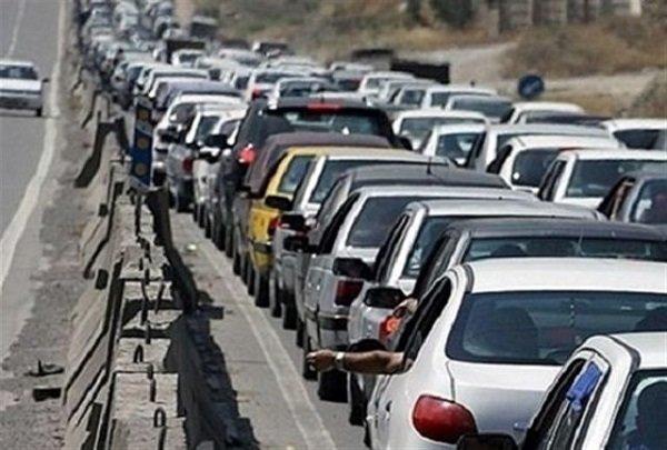 ورود بیش از ۴۸۷ هزار دستگاه خودرو به استان گیلان
