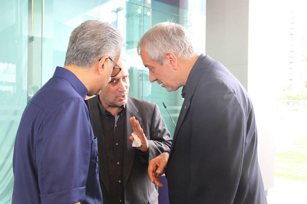 مهدی تاج با استعفای علی کفاشیان موافقت کرد