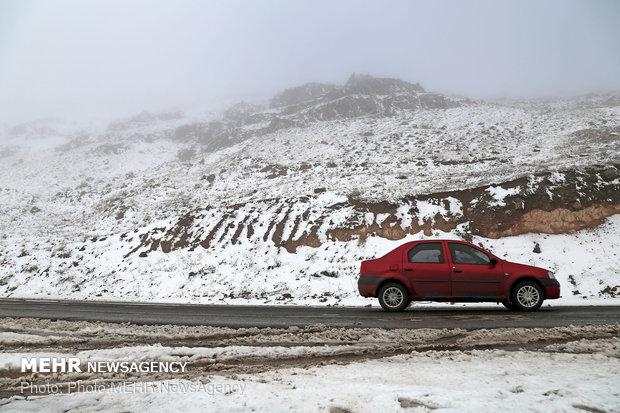 الثلج يكتسح محافظة كلستان (شمالي ايران)