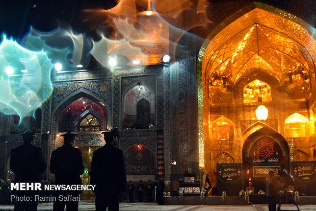مراسم خطبه خوانی شب شهادت امام رضا (ع) در حرم مطهر رضوی