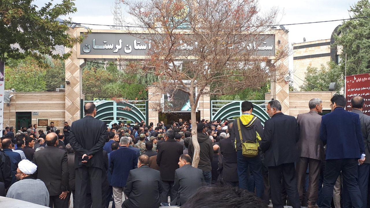 اخبار تشییع شهید موسوی+فیلم و عکس خرمآباد در اندوه نورخدا/ بدرقه باشکوه شهید وطن توسط مردم