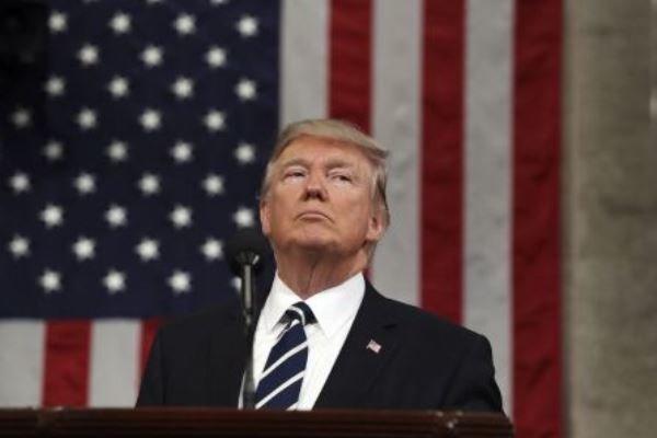 امریکی صدر ٹرمپ کی صحافی کے ساتھ جھڑپ