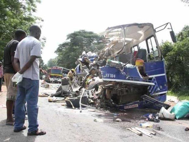 زمبابوے میں 2 بسوں کے درمیان تصادم، 47 افراد ہلاک