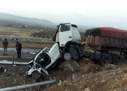 تصادف ۸ خودرو در محور فیروزکوه/۲ نفر کشته و ۷ تَن زخمی شدند
