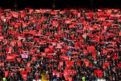 پرچم ژاپن دردسرساز شد/ شجاعی در آغوش برانکو