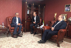 نبض فوتبال آسیا در ایران میتپد/ ایران باید میزبان عربستانیها باشد