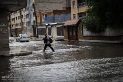 خسارت ۲ میلیارد و ۵۰۰ میلون تومانی بارندگی به بازار میناب