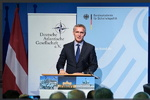 استولتنبرگ: قصد استقرار موشکهای هستهای جدید در اروپا نداریم/ از روسیه میخواهیم به INF بازگردد