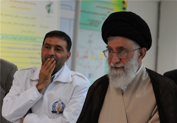 دستنوشته رهبر انقلاب در تقدیر از شهید طهرانی مقدم و همکارانش
