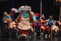 """اجرای نمایش """"رستم و سهراب"""" توسط معلولین آسایشگاه کهریزک"""