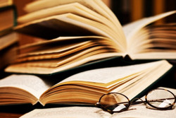 رادیو نمایش به مناسبت هفته کتاب «گیومه» باز میکند