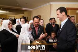 شادی خاص اسرای تازه آزاد شده سوریه با بشار اسد