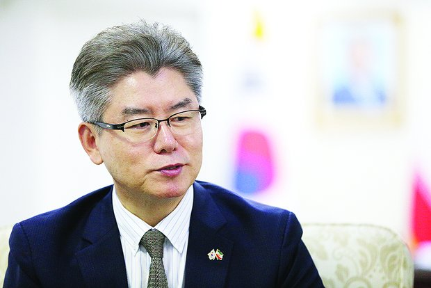 Korea wants to set a successful example of aid to refugees: ambassador