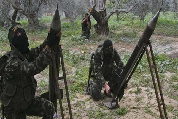 Filistin direnişi İsrail'in saldırılarına füzeyle karşılık verdi