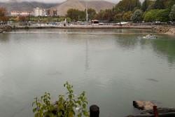 جوشش چشمه فصلی کیو/ بازگشت حیات به دریاچه خرمآباد