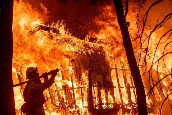 پاکستان میں مری کے جنگلات میں آگ لگ گئی
