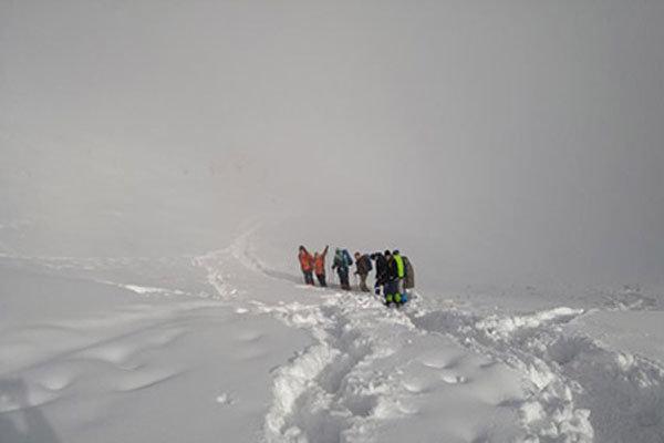 عملیات برف و کولاک در ۱۵ استان/ نجات ۵۱۰۰ نفر