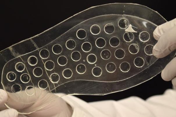 کفی مخصوص برای درمان زخم پا در افراد دیابتی