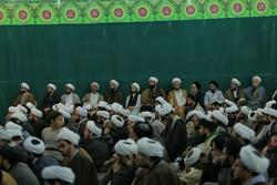 مسجد مقدس جمکران میں طلاب کا امام زمانہ (عج) کے ساتھ تجدید عہد