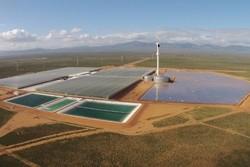خورشید آب را شیرین میکند/تولید میلیونها گالن آب با فناوری جدید