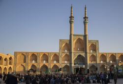 اجتماع  مردمی بیعت با امام عصر (عج) در یزد