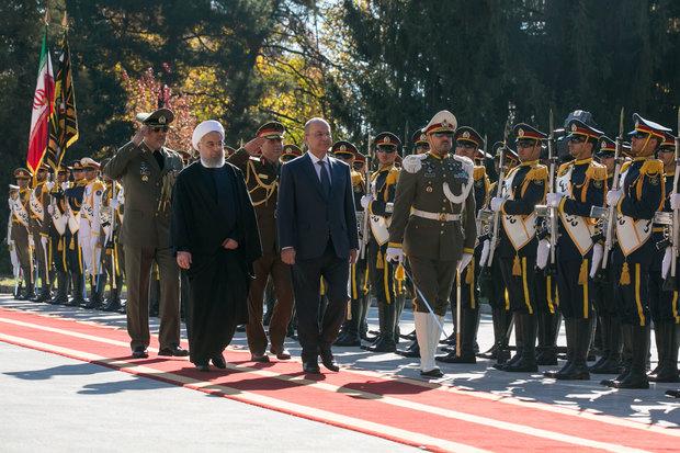 VIDEO: Rouhani recieves Iraqi president in Tehran