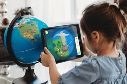 تولید کره زمین واقعیت افزوده برای آموزش دانش آموزان