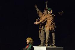 «تیستو سبز انگشتی» برای صلح مبارزه میکند/ زندانی که گلستان شد