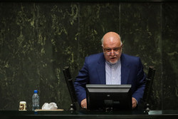 Zanganeh says oil industry can double petchem output to $40bn