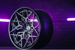 چرخ تیتانیومی خودرو باپرینتر سه بعدی ساخته شد