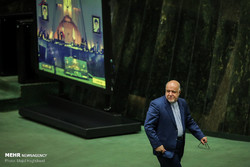 Iranian lawmakers seek to impeach oil minister Zanganeh over mismanagement