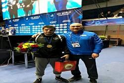 Azerbaycanlı güreşçi dünya şampiyonu oldu